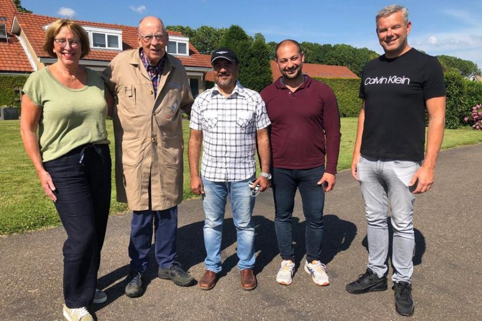 Ibrahim Aljanahi (Barsha Loft - Dubai) and Sam Okko (NL) visiting and pictured with Hans and Hilma Eijerkamp and Henk Jurriens