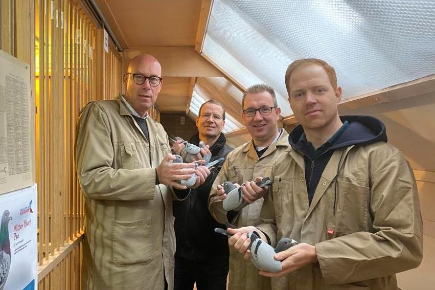 Evert Jan, Henk Douna, Enrico Doldersum and Sjoerd Lei enjoying pigeon sport