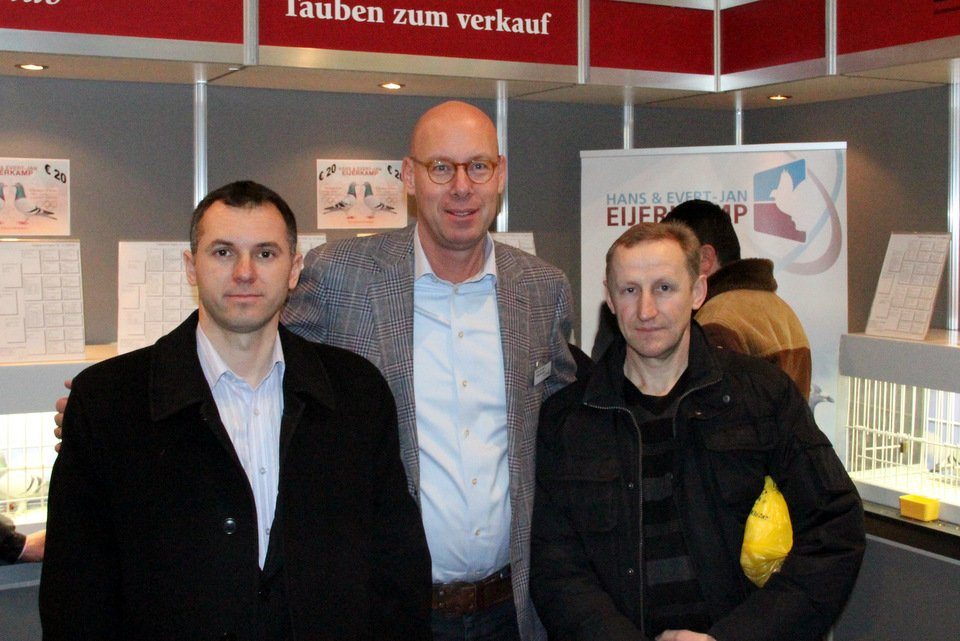 Evert-Jan with fanciers from Ukraine, right Volodymyr Koshil.